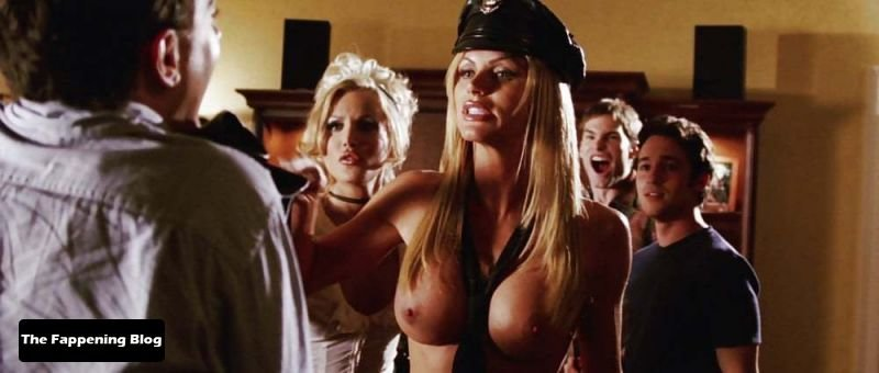 Amanda Swisten Nude Sexy 19