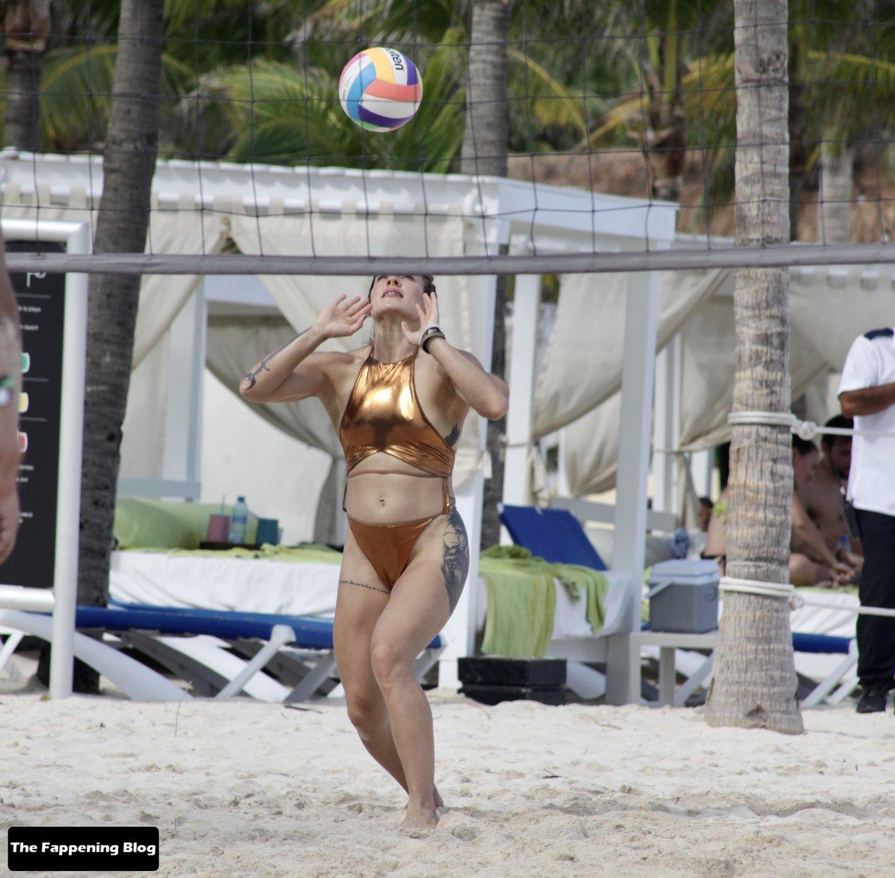 Cara Maria Sorbello on Beach 7