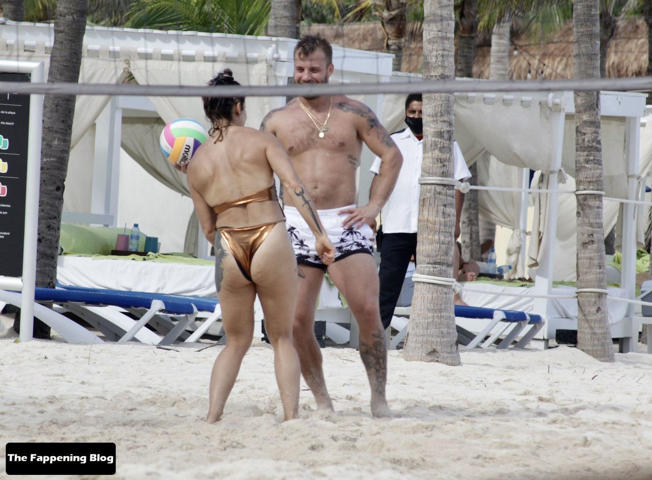 Cara Maria Sorbello on Beach 11