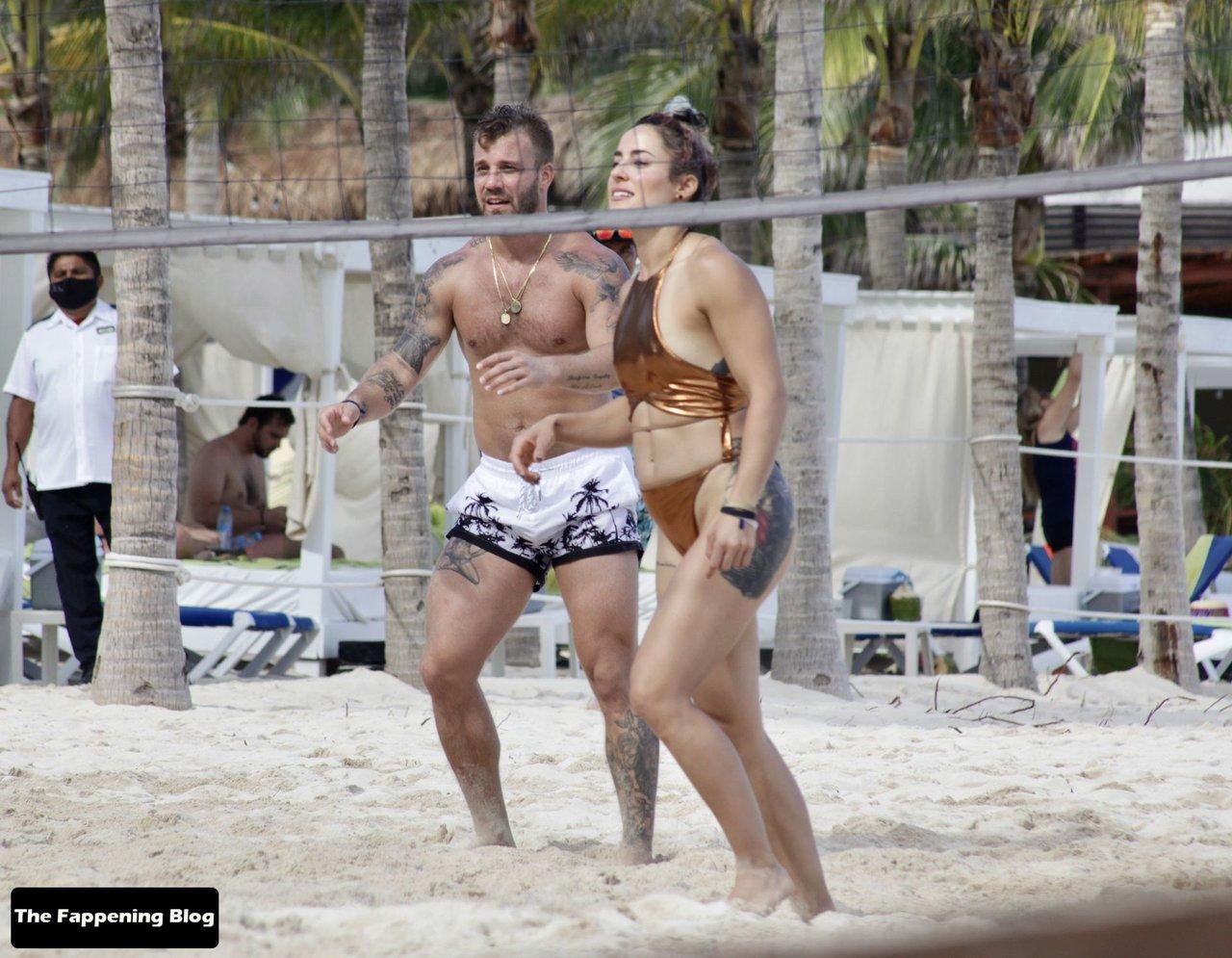 Cara Maria Sorbello on Beach 18