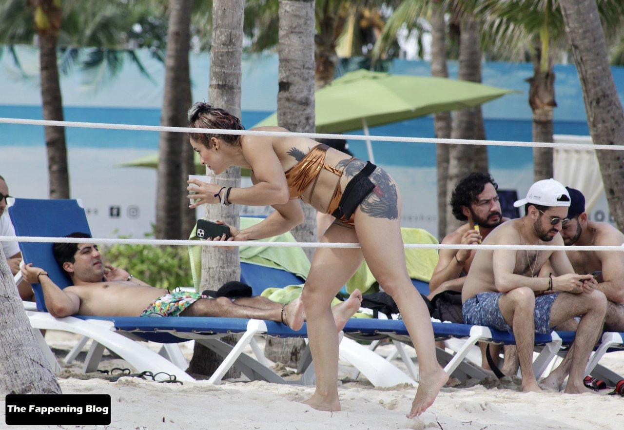 Cara Maria Sorbello on Beach 21