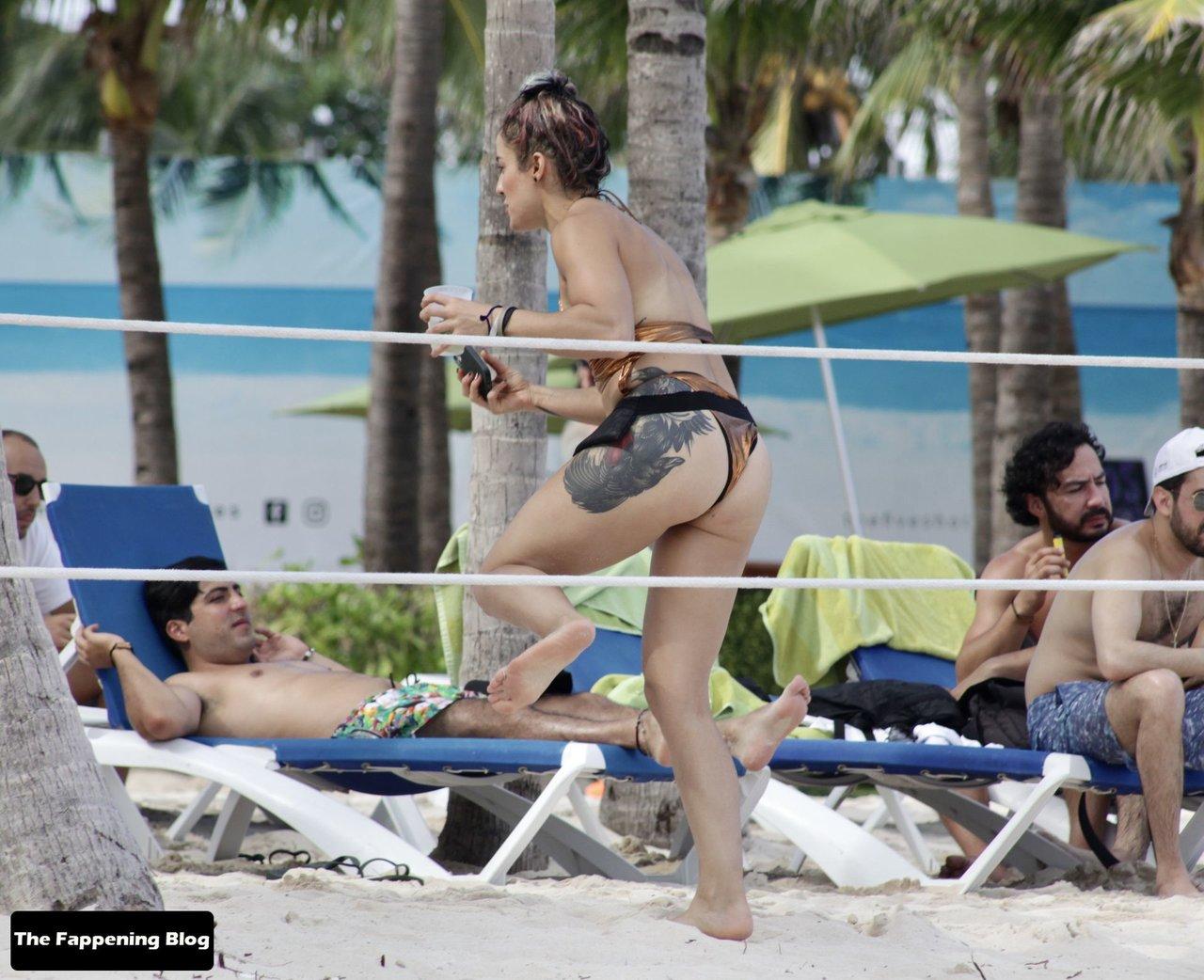 Cara Maria Sorbello on Beach 22
