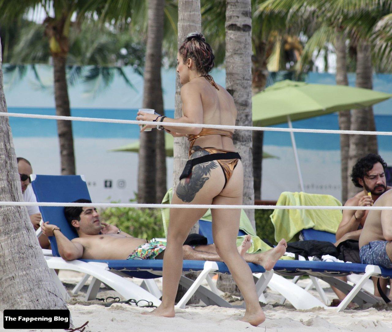 Cara Maria Sorbello on Beach 23