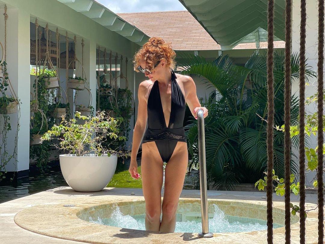 Cristina Castano Nude Sexy 5