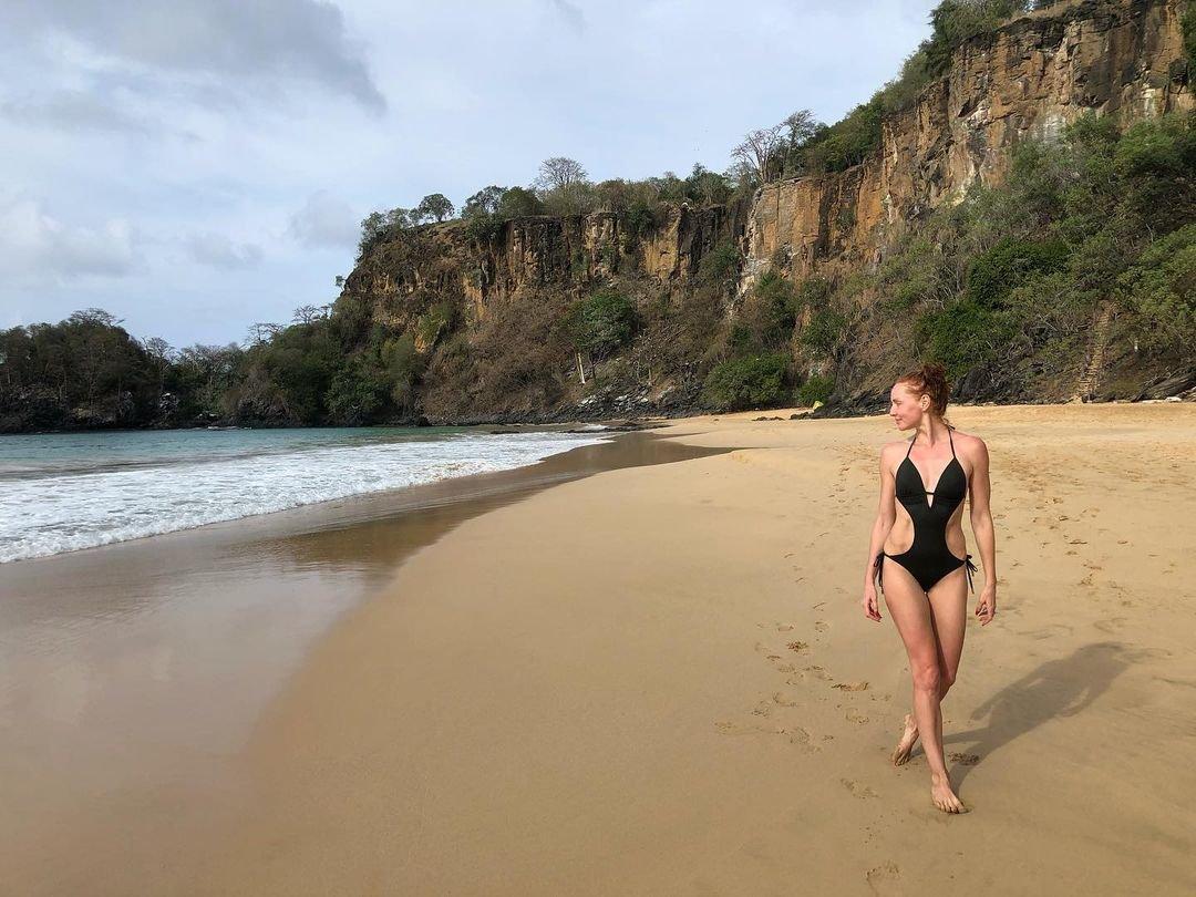 Cristina Castano Nude Sexy 11