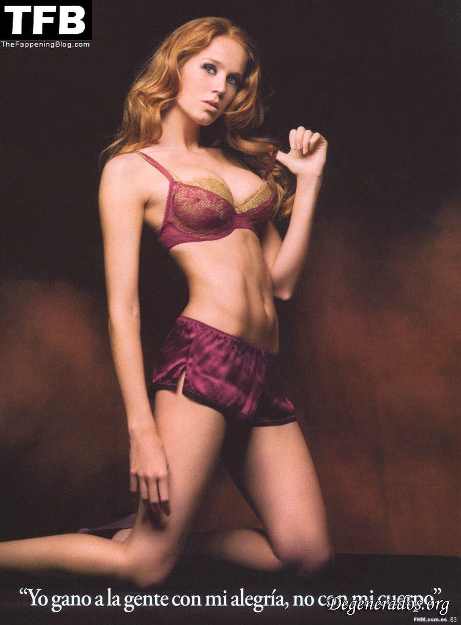Cristina Castano Nude Sexy 12