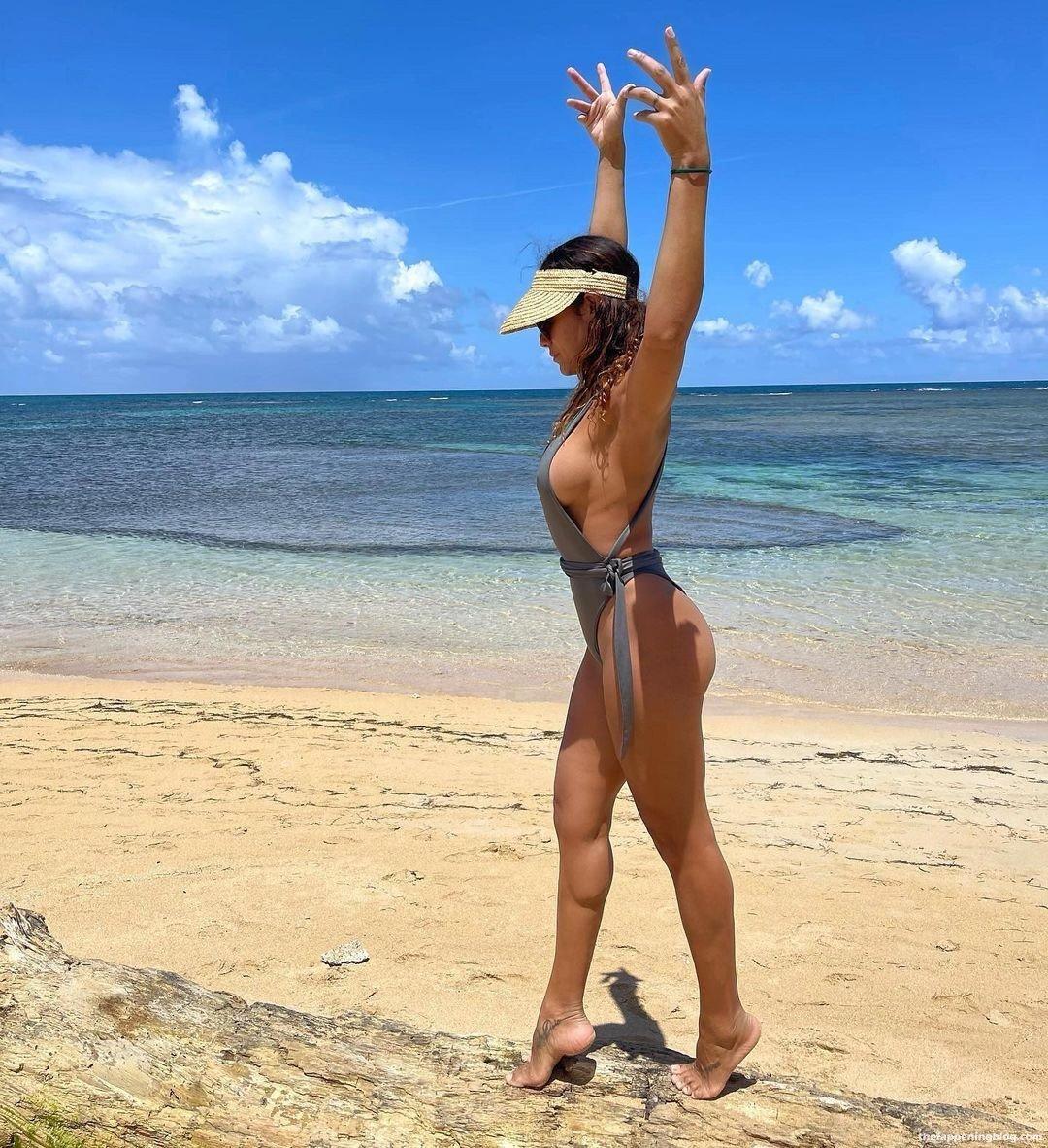 Dania Ramirez Sexy 11