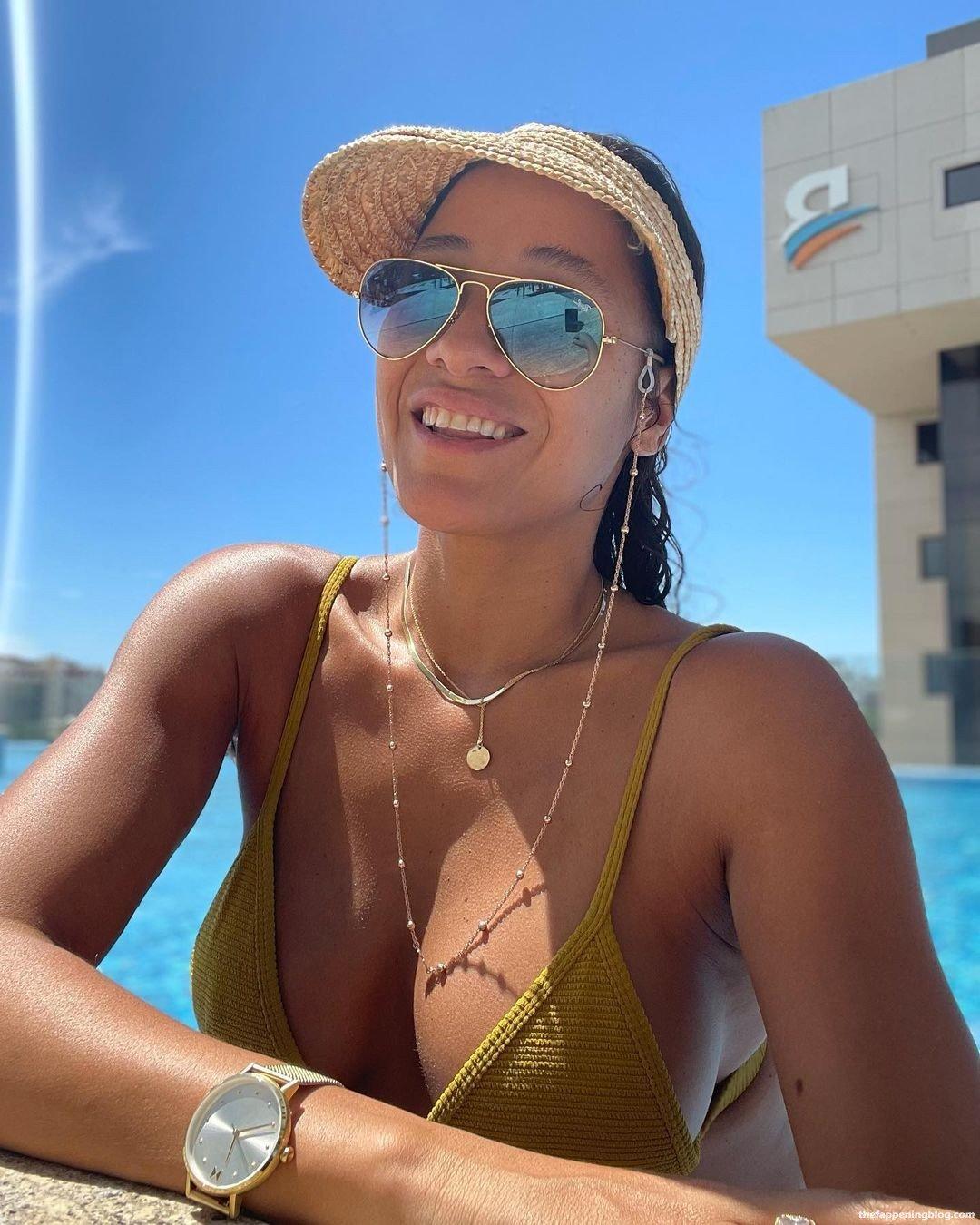 Dania Ramirez Sexy 13