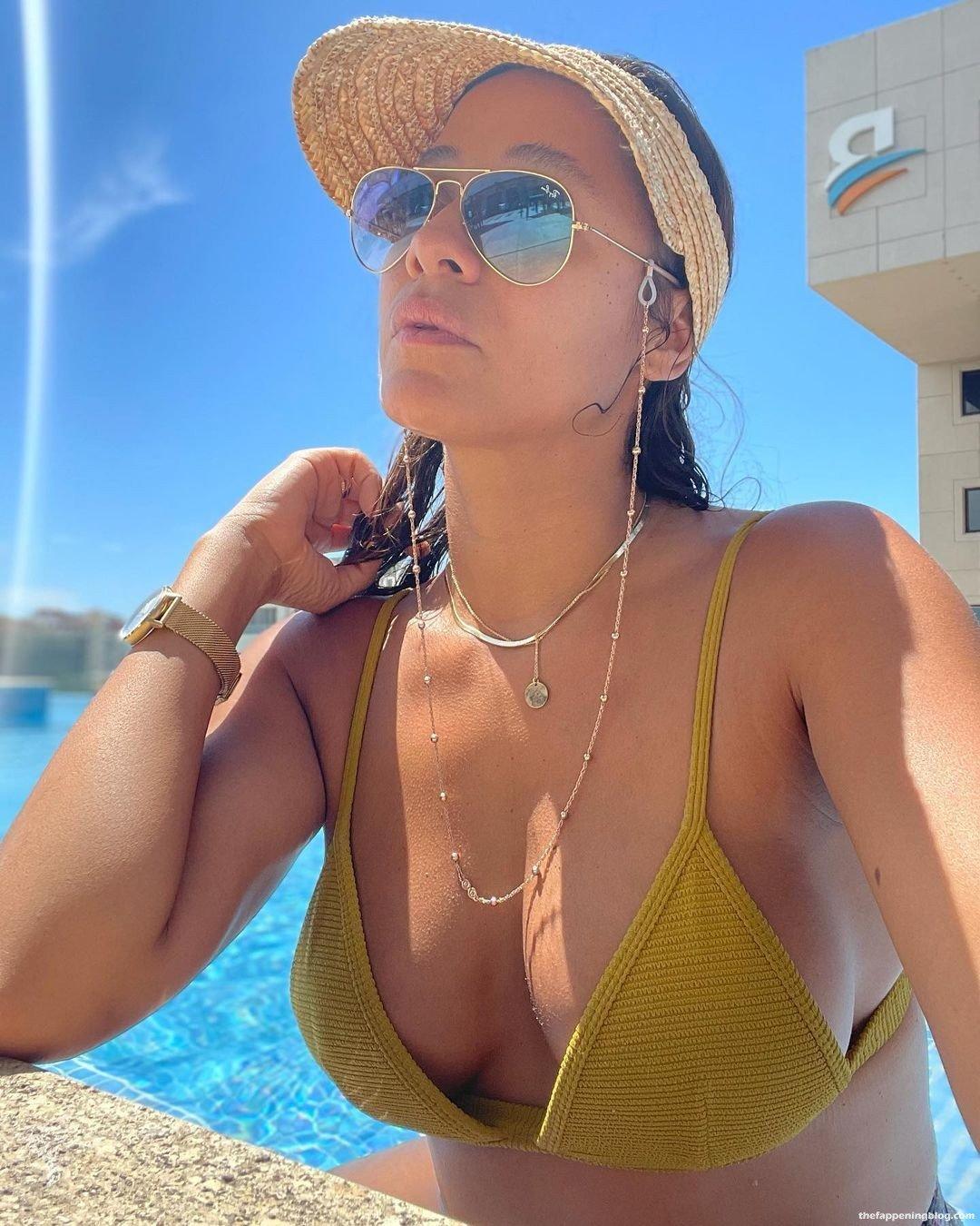Dania Ramirez Sexy 14
