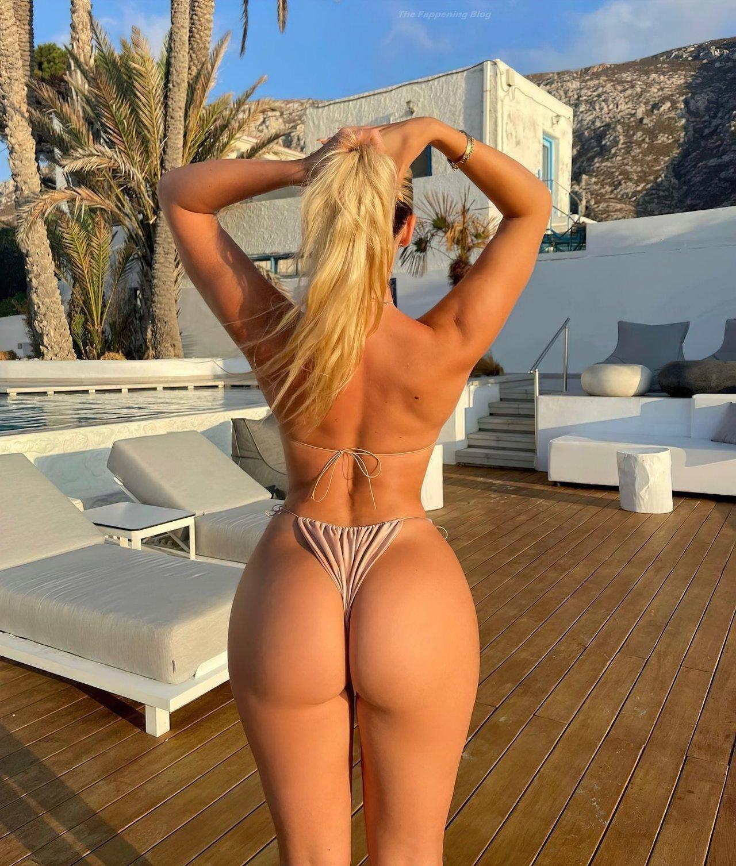 Jilissa Zoltko Sexy 1