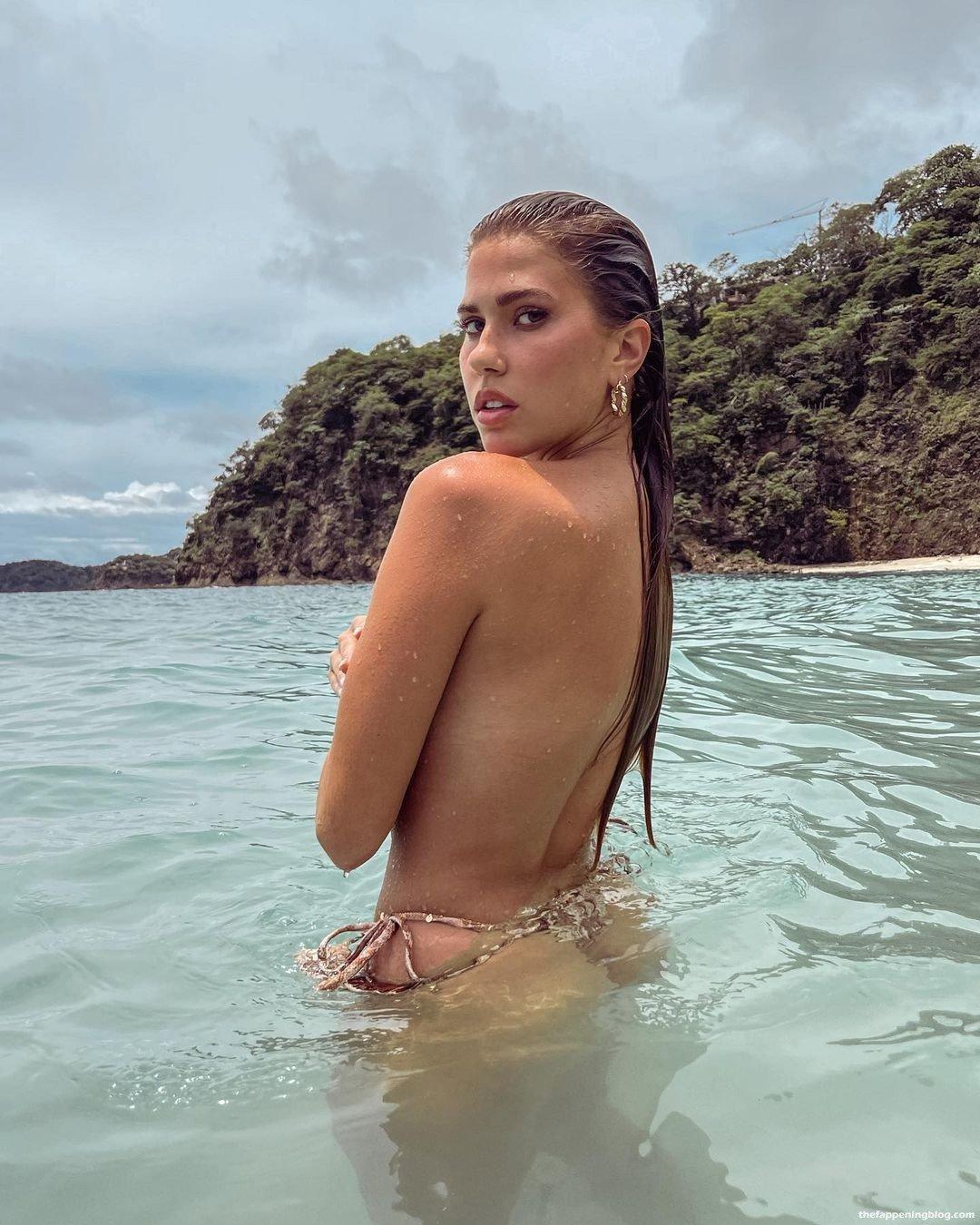 Kara Del Toro Topless 1