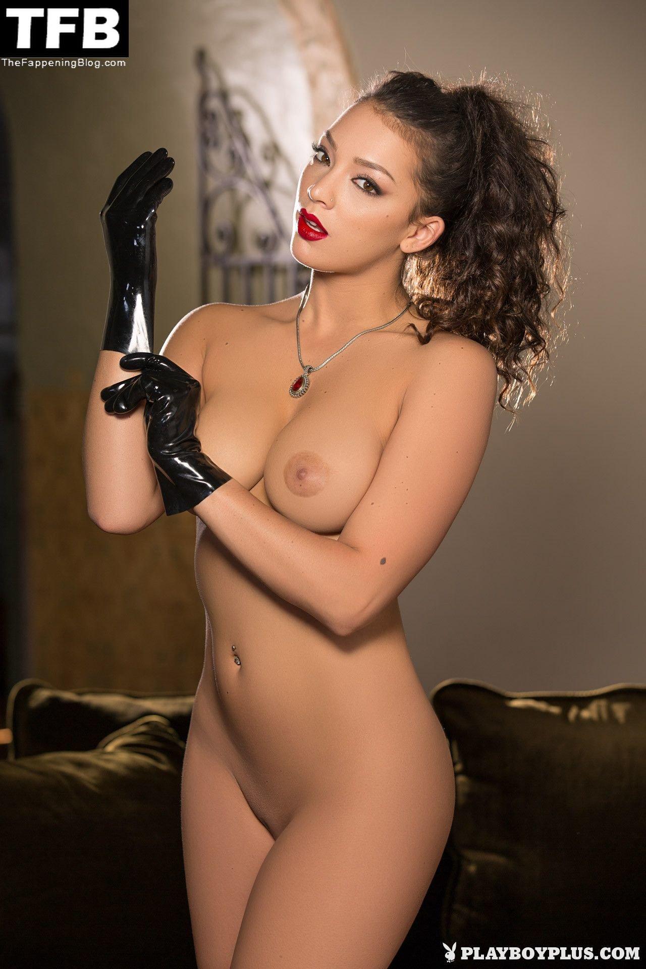 Kelsi Shay Nude Sexy 30