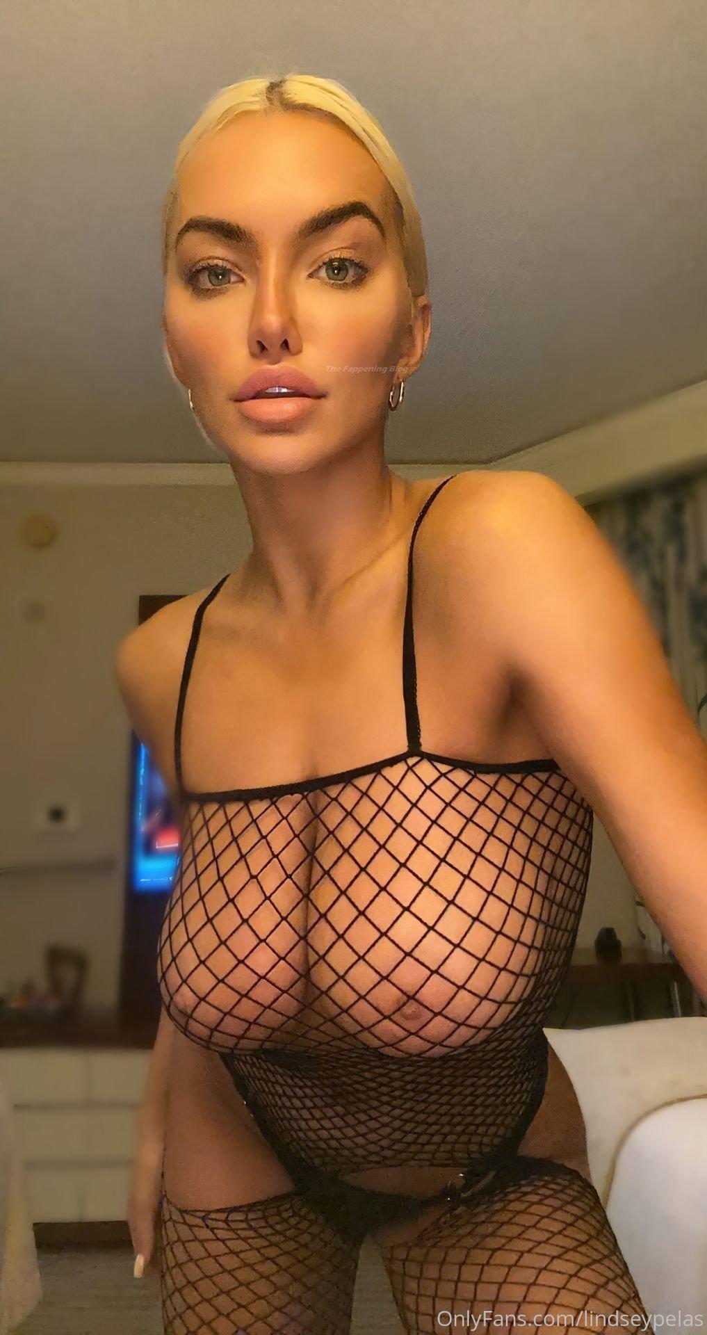 Lindsey Pelas Sexy Tits Butt 5
