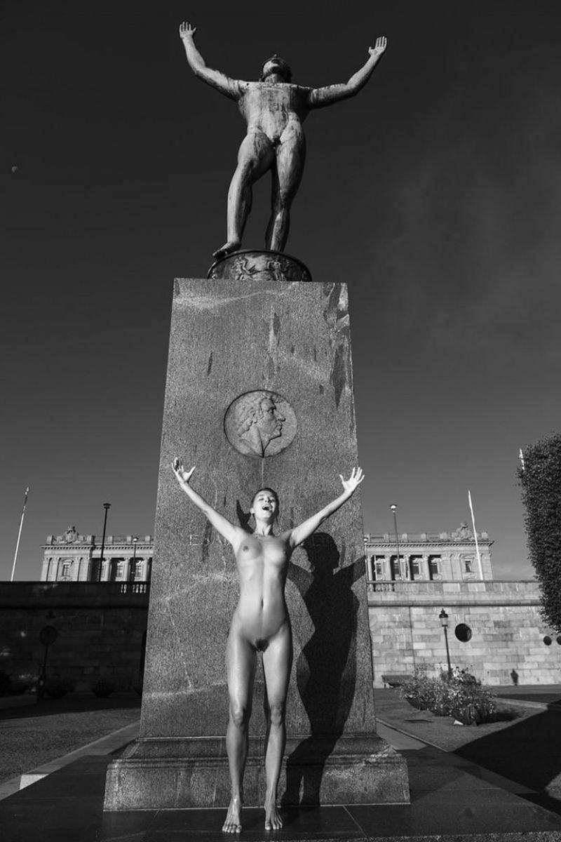Marisa Papen Nude Sexy 11