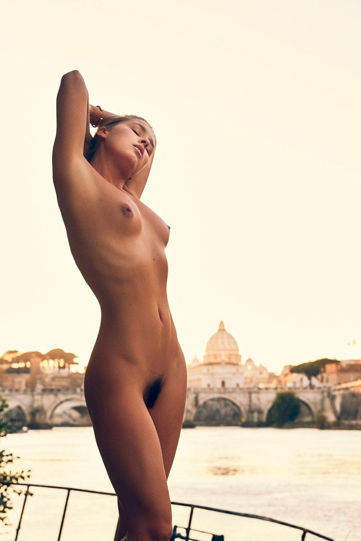 Marisa Papen Nude Sexy 24