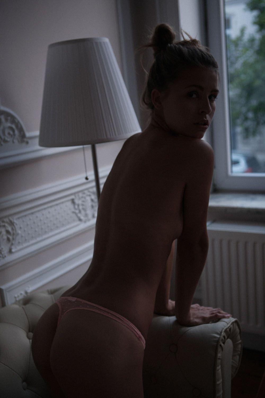 Marisa Papen Nude Sexy 30