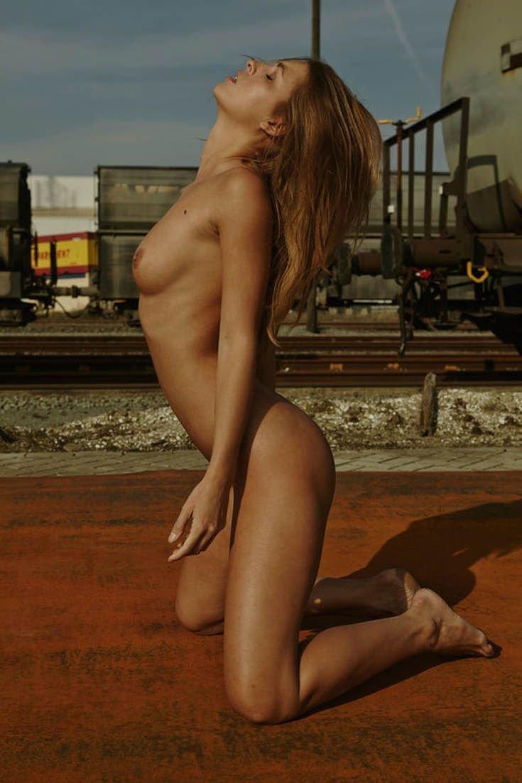 Marisa Papen Nude Sexy 59
