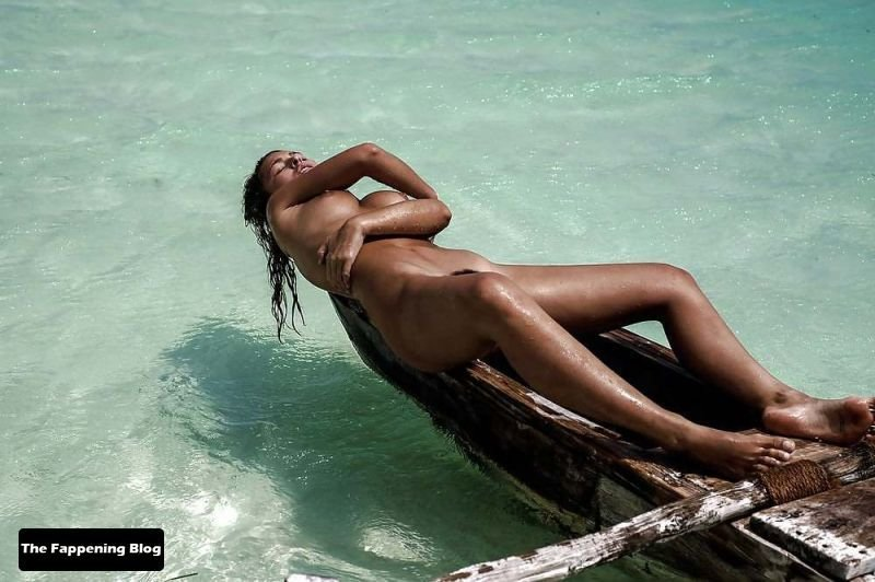 Marisa Papen Nude Sexy 107