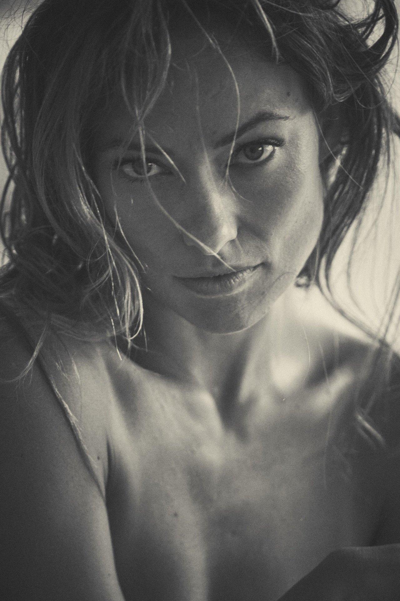 Olivia Wilde Nude Topless 5