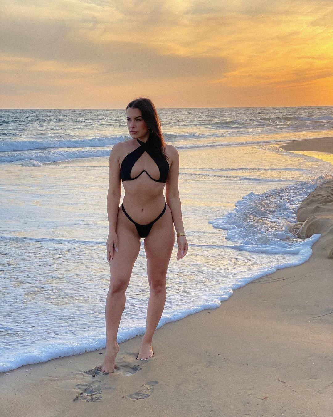Sandra Hinojosa Nude Sexy 5